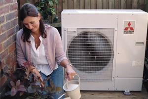 Ongas-Heating-Services-Ltd-air-source-heat-pump-installers-experts-Stroud-Gloucestershire2
